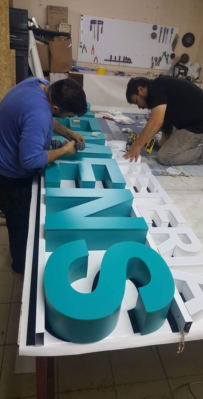 kutu harf üreticisi